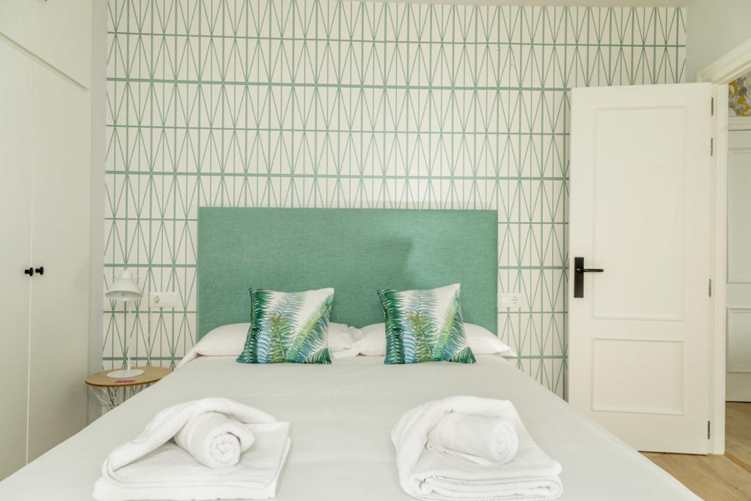 malaga decoracion apartamento vacacional dormitorio