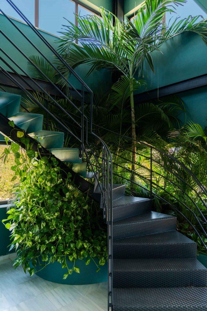 interiorismo oficinas malaga escaleras